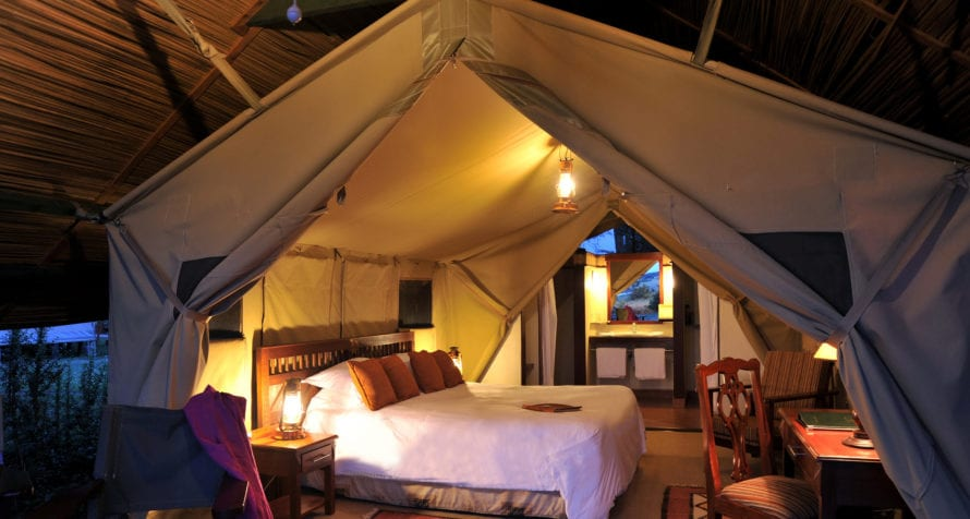 Sweetwaters Serena Camp stylishly evokes the elegance of a bygone era. © Serena Hotels