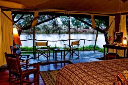 The tents at Wilderness Lodges Larsens Camp can easily be opened to the elements. © Wilderness Lodges