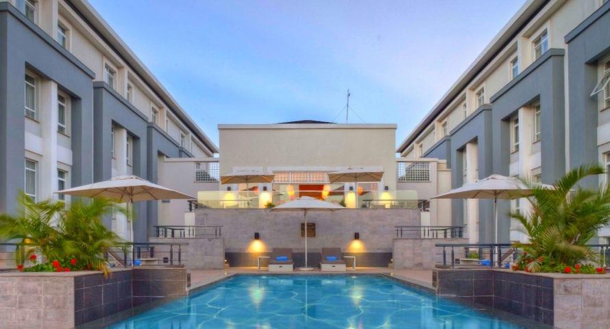 Eka Hotel Nairobi has a sparkling pool. © Eka Hotel Nairobi