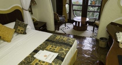 Mara Serena Safari Lodge's adobe-style guest rooms remain wonderfully cool during the heat of the day. © Serena Hotels