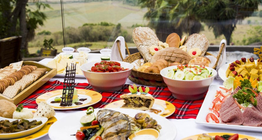The food at Mara Serena Safari Lodge takes you on a culinary journey. © Serena Hotels