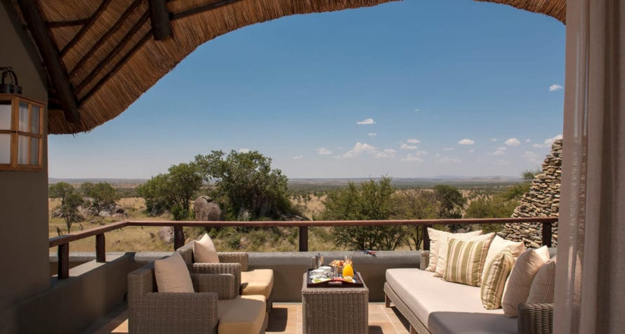 Four Seasons Safari Lodge's elevated position enhances the sense of being able to see forever. © Four Seasons