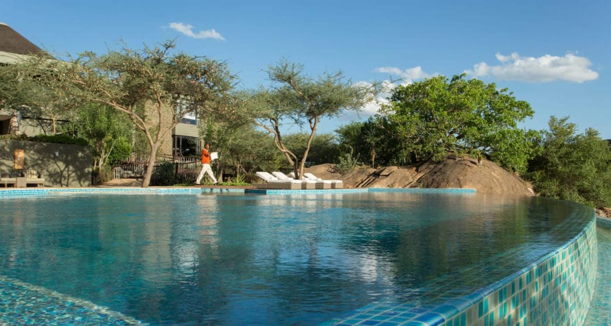 You'll love the pool at Four Seasons Safari Lodge. © Four Seasons